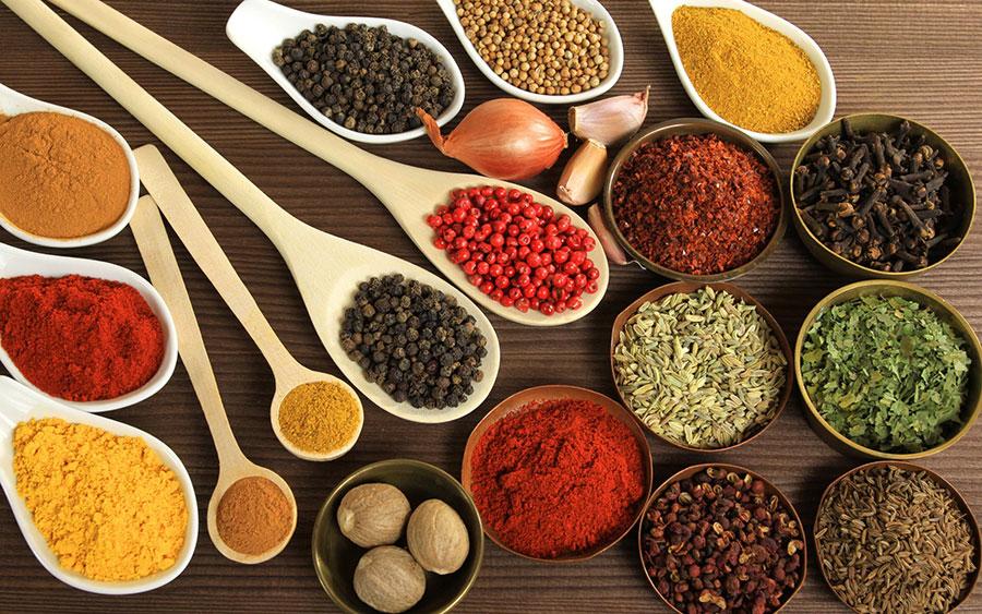 Hierbas y especias aromáticas